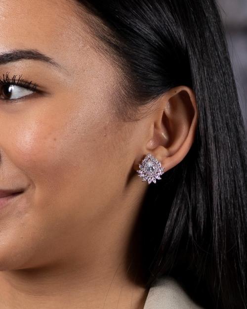 girl wearing gold silver London jewelry